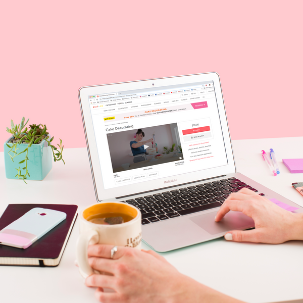 120+ Free Online Classes To Fuel Your Creativity