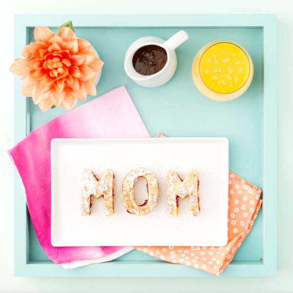 mother's day traditions around the world