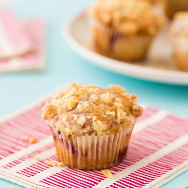 These Raspberry Crumble Muffins Are Berry Delicious
