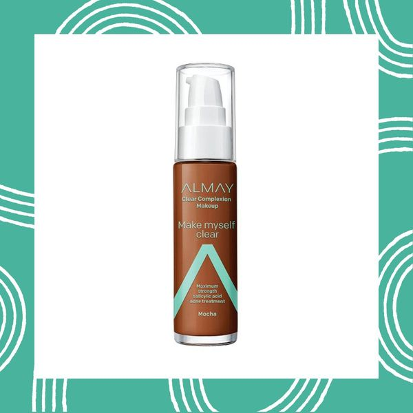 8 Liquid and Powder Foundations That Won't Irritate Acne-Prone Skin