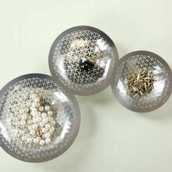 """Push It! 2D Metal Plates That You """"Push"""" Into 3D Bowls"""