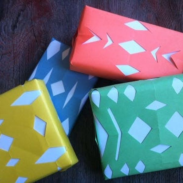 12 Days Of Wrapping: Construction Paper Snowflakes