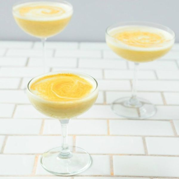 10 Frothy Cocktails Featuring Egg Whites