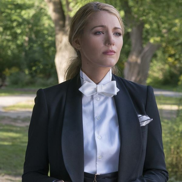 Blake Lively Goes Missing in the Mysterious 'A Simple Favor' Trailer