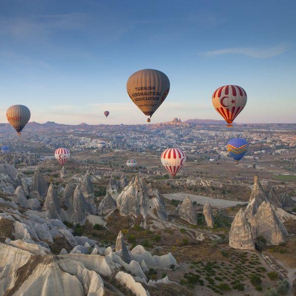 10 Beautiful Destinations for Hot-Air Balloon Rides