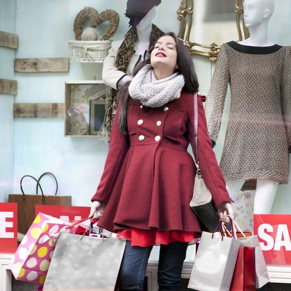 5 Pro Tips to Keep Your Holiday Spending in Check