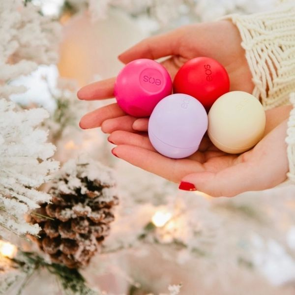 Easy Holiday Favor Ideas for Everyone on Your Guest List