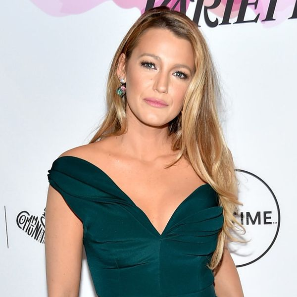 Blake Lively Looks Like a Different Woman With Short Black Hair