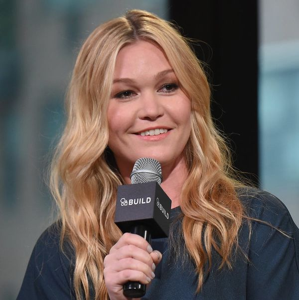 Julia Stiles Shows Off Baby Bump While Camping at Nearly 8 Months Pregnant