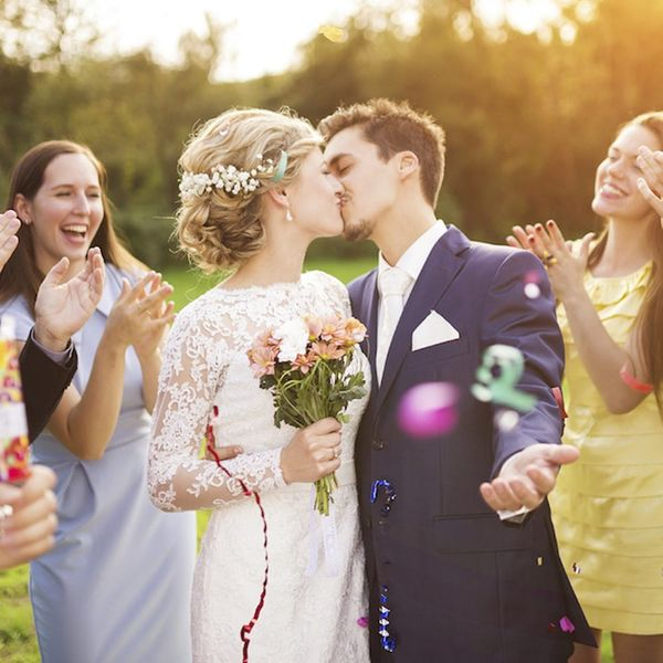 2017's Hottest Wedding Trend Will Actually Save You Money