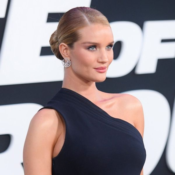 Rosie Huntington-Whiteley's Red Carpet Pregnancy Style Is on Fire