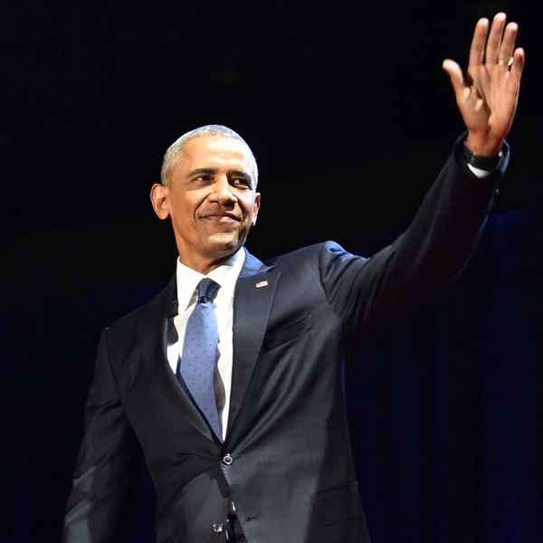 Here's How Celebs Are Paying Tribute to Obama Following His Farewell Speech