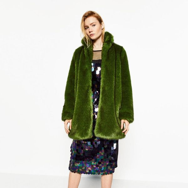 17 Cold Weather Essentials Inspired by Pantone's Color of the Year