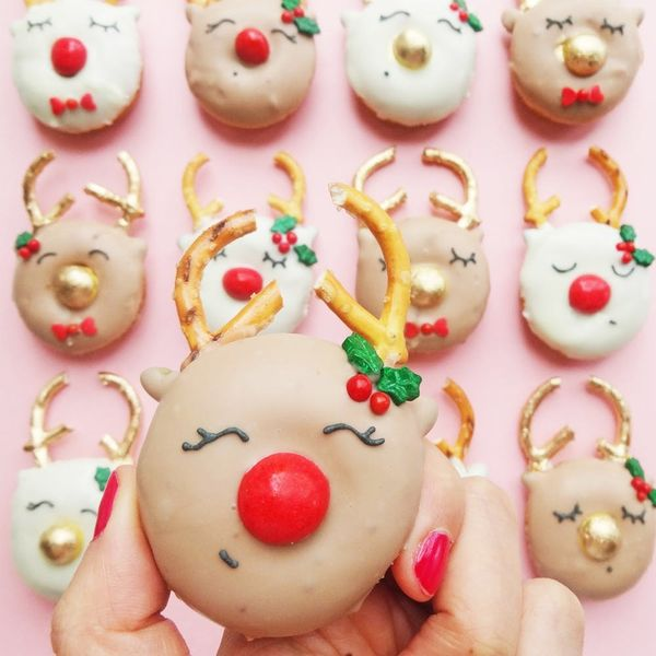 Spice Up Your Holiday Season With These Gingerbread Reindeer Donuts