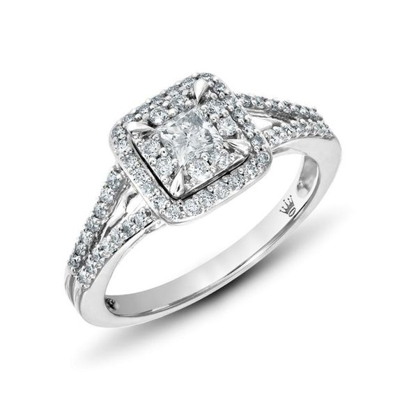 Hallmark Is Now Designing (Stunning!) Engagement Rings