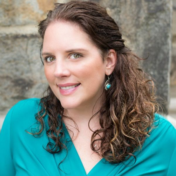Author Kate Moretti Tells Us the Secrets to Unleashing Your Creativity When You're Crazy Busy