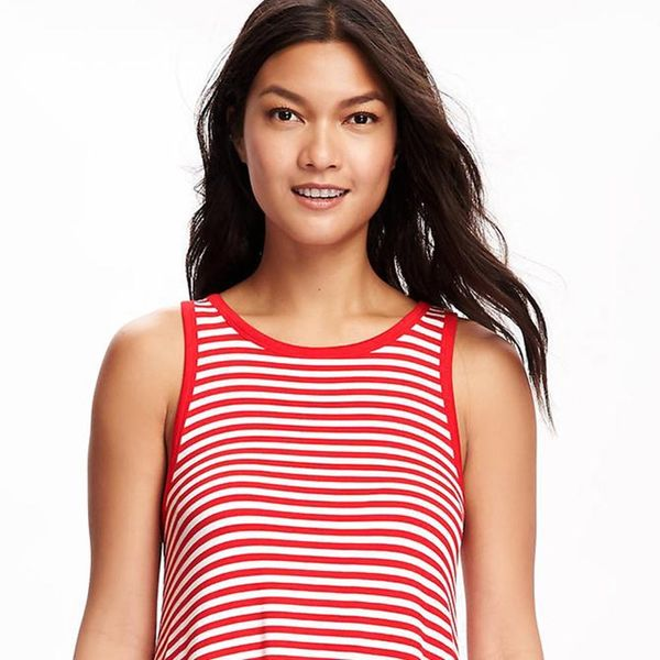 See the $12 Old Navy Dress That's Breaking the Internet