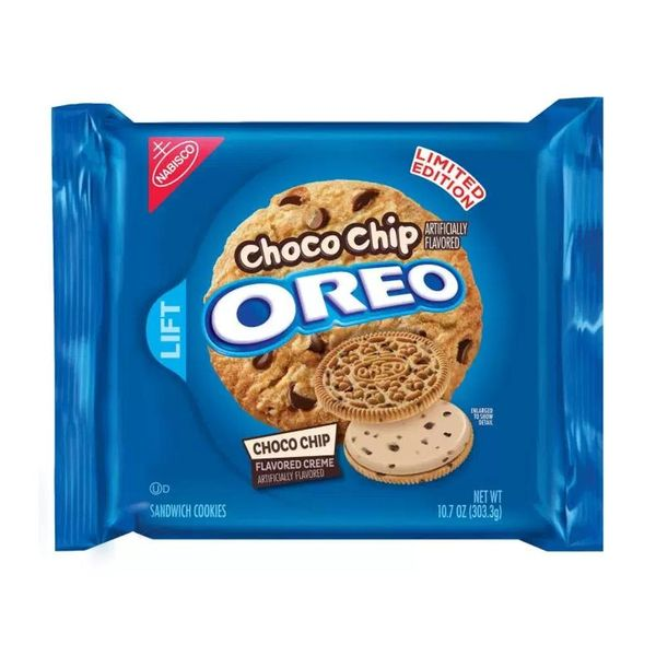 OMG! OREO's New Choco Chip Flavored Cookies Are Here!