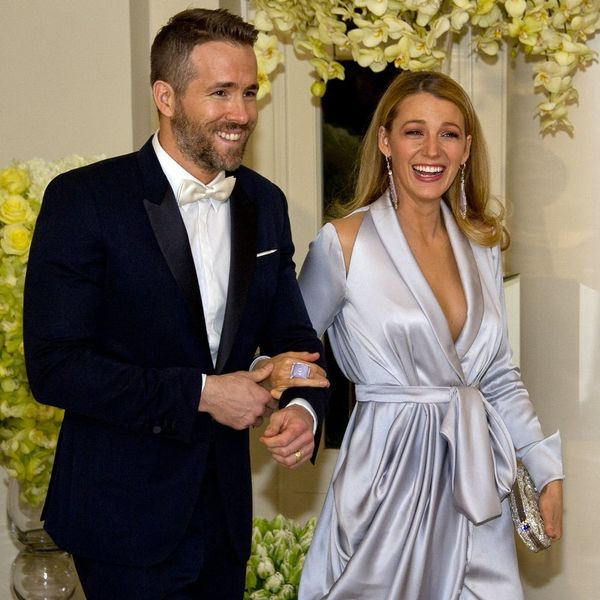 Blake Lively and Ryan Reynolds Share a Cute AF Baby Bump Hug At T-Swift's Beach Party