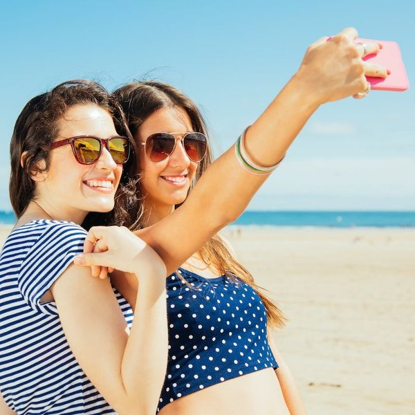 Here's How Selfies Are Actually Affecting Your Health