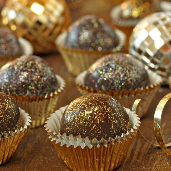 10 Sparkly Foods for Your Oscars Viewing Party