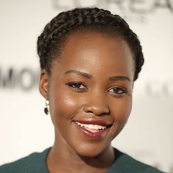 Lupita Nyong'o Wore the Perfect NYE Outfit + Makeup to the Star Wars Premiere