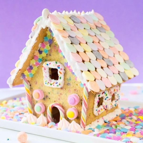 What to Make This Weekend: Ugly Sweater Onesies, Funfetti House + More