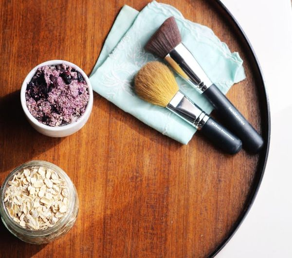 Get Glowing Skin With This Homemade Morning Face Mask