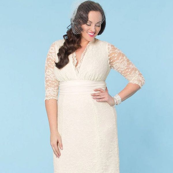 15 Dream Wedding Dresses for Under $500
