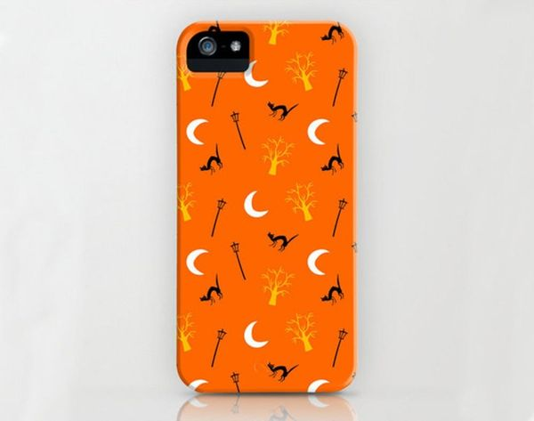 15 Halloween Phone Cases You Need… NOW!