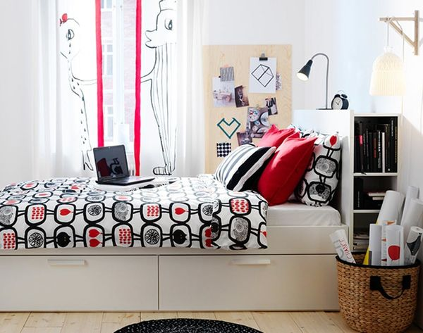 23 Ways to Upgrade Your Dorm Room for $25 or Less