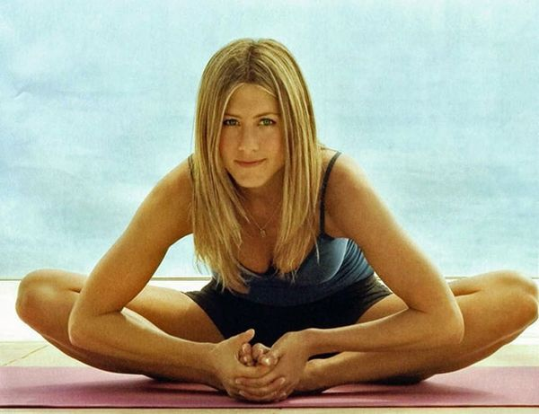 DL This Yoga App to Get a Bod Like Jennifer Aniston