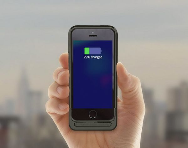This iPhone Case Gives You 200% Battery Life