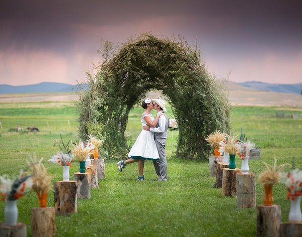 DIY Weddings: A Wonderland Cowboy Tea Party Made in Montana