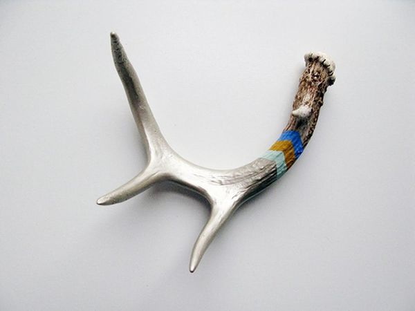 23 Reasons to Believe Antlers are the New Chevron