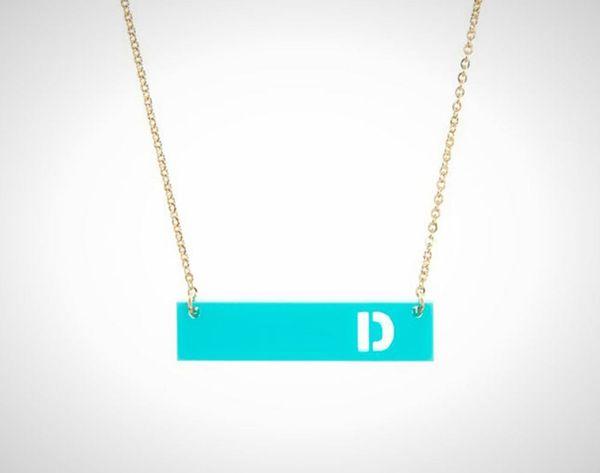 15 Styles of Custom Monogram Jewelry Your S.O. Will Adore