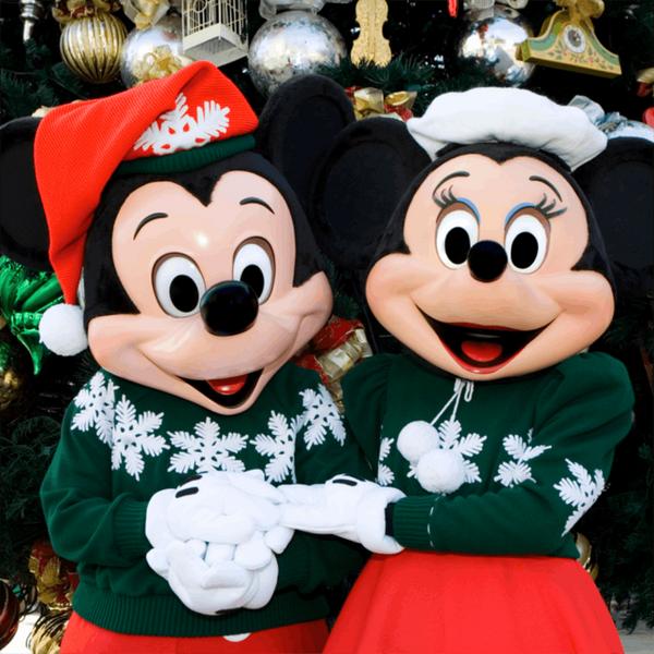 10 Unmissable Moments of Disneyland Holiday Magic
